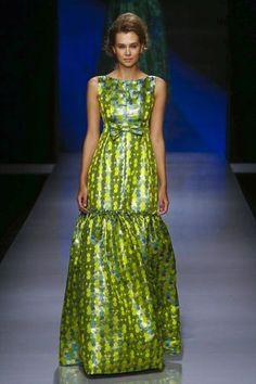 Fashion Arabic Style   Illustration   Description   GIADA CURTI – Arab Fashion Week 2015- Park Hyatt Dubai – november 2,2015. NOWFASHION    – Read More –