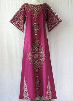 Dashiki Dress Cotton Caftan Ethnic Maxi by ultravioletvintage Dashiki Dress, Long Kaftan, Ethnic Dress, Hippie Dresses, Pink Color, Sequins, Short Sleeve Dresses, Women's Fashion, Cotton