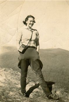 https://flic.kr/p/9a9zUF | Elizabeth Hatcher on an Explorers Club Outing, ca. late 1930s | Repository: Duke University Archives. Durham, North Carolina, USA. library.duke.edu/uarchives  Trying to locate this photo at the Duke University Archives? You'll find it in the Elizabeth Hatcher Conner Photograph Collection, box 1.