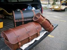 18th century traveling luggage. These are all typical of the type that would be found in 18th century Scotland.       http://www.xmarksthescot.com/forum/f144/18th-century-luggage-66728/