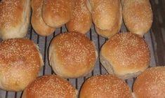 Κοινοποιήστε στο Facebook Μια πανεύκολη συνταγή για αρχάριους, για ένα αγαπημένο πιάτο.Μανιταρόπιτα με καρότο και μπέϊκον χωρίς φύλο. Απολαύστε το σαν ορεκτικό, σαν συνοδευτικό στα ψητά σας αλλά και κυρίως γεύμα ή δείπνο με με μεγάλη πράσινη σαλάτα. Υλικά συνταγής... Greek Recipes, New Recipes, Favorite Recipes, Greek Cooking, Cooking Time, How To Make Bread, Food To Make, Cookbook Recipes, Cooking Recipes