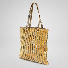 Resina Tope Velvet Python Bag