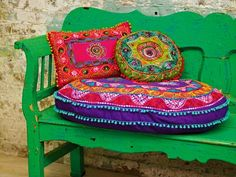 The color of this bench is to die for! I have to do this.