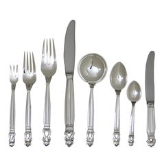 GEORG JENSEN Acorn Flatware Service for Twelve | Each piece bears impressed company marks for Georg Jensen, Sterling Denmark. The service is in excellent condition. 96 total pieces.