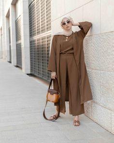 Hijab Chic, Modest Fashion Hijab, Abaya Fashion, Niqab, Moslem Fashion, Hijab Trends, Hijab Fashionista, Hijab Outfit, Street Style