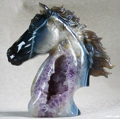"8.7 "" Carved Agate and Amethyst Geode Horse Head Sculpture. Stone origin : Brazil. Via rikoo.com ( right side )"