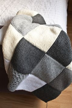 Knitted Throw Pattern By Schachenm - Qoster, Diy Abschnitt, Knitted Throw Patterns, Crochet Cowl Free Pattern, Crochet Stitches Patterns, Knitted Blankets, Baby Knitting Patterns, Knit Crochet, Knitting Squares, Easy Knitting, Loom Knitting