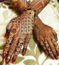 Mehndi Designs For hands - we made a detailed guide of mehndi designs for hands that can help you decide your upcoming mehendi look! Dulhan Mehndi Designs, Mehandi Designs, Latest Bridal Mehndi Designs, Mehndi Design Pictures, Unique Mehndi Designs, Mehendi, Hena Designs, Mehndi Images, Rajasthani Mehndi