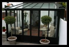 ✩ Check out this list of creative present ideas for people who are into photograhpy Conservatory Kitchen, Surf Decor, Garden Room, Winter Garden, House Exterior, Porch Enclosures, Bow Window, Glass Porch, Outdoor Living Rooms