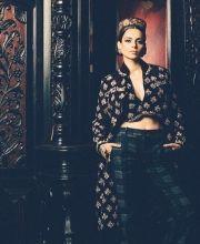 Indian Fashion -   https://www.pinterest.com/r/pin/284008320230949508/4766733815989148850/20788c9d0dc7999d2e2759ae351c10fc33f851fc4642b168be622115124afc9d