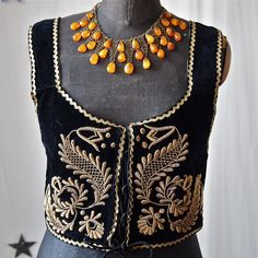 Czech Black Velvet and Gold Embroidery Metallic Thread Bullion Lace Up Vest Folk Costume. You can just see the metal rings on the inside edges used to lace up the bodice. Folk Embroidery, Embroidery Designs, Embroidery Dress, Gold Work, Folk Costume, Metallic Thread, Couture, Textiles, Black Velvet