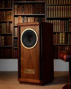 High End Audio Equipment For Sale High End Speakers, High End Hifi, High End Audio, Audiophile Speakers, Hifi Audio, Audio Speakers, Hifi Stereo, Audio Design, Speaker Design