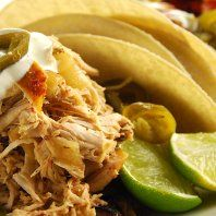 Mexican pulled turkey Turkey Recipes, Poultry, Cabbage, Mexican, Birds, Baking, Vegetables, Ethnic Recipes, Ideas