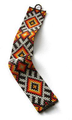 Bead loom pattern Square stitch pattern ethnic by Seed Bead Bracelets Tutorials, Loom Bracelet Patterns, Seed Bead Patterns, Beading Patterns, Stitch Patterns, Bead Loom Designs, Tear, Loom Beading, Bead Weaving