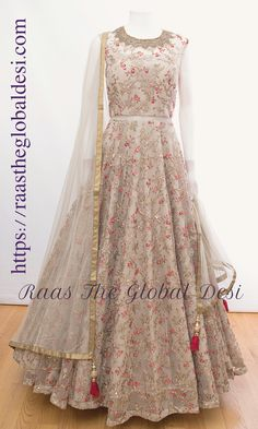 Source by babylavanyabairi dresses indian Long Gown Dress, Anarkali Dress, The Dress, Lehenga Choli, Jacket Lehenga, Indian Anarkali, Lehenga Style, Saree, Indian Wedding Gowns