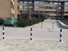 Voor studentenhuisvestiging Hogeveld in Nijmegen, dat onderdeel uitmaakt van het SSH&, heeft Falco 39 palen geplaatst, waarvan 21 vaste afzetpalen en 18 uitneembare palen. Tevens zijn er 9 FalcoJona afvalbakken geplaatst. Er was behoefte aan een volledige renovatie van de buitenruimte.