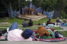 Shakespeare In The Park | Toronto Events | what TO do Toronto #indigo #perfectsummer I spent a wonderful evening a few years back watching Shakespeare in the Park. Each year, I always think of that summer evening and want to go back and see it again.