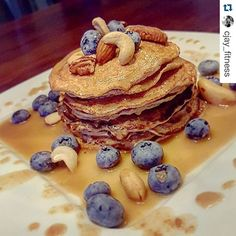 #Repost @cjay_fitness with @repostapp.  Low carb pancakes     Ingredients: 14g coconut flour 30g whey  3 eggwhites 1 whole egg  Cooking spray for baking    Topping: 10g peanutbutter mixed with 30ml sugar free syrup    Served with blueberries and mixed salted nuts  yummy!    #CubicMuscle #fitnesslifestyle #fitness #fitnessfood #fitfood #lowcarb #lowcalorie #diet #nosugar #highfiber #healthy #eathealthy #eatclean #highprotein #protein #fruits #nuts #pancakes #breakfast #dinner #fit…