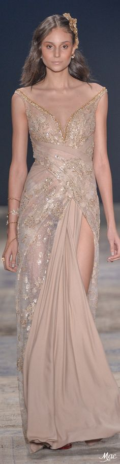 Pinky Pleasures With Samuel Cirnansck 2017 Evening Dresses, Prom Dresses, Formal Dresses, Beautiful Gowns, Beautiful Outfits, Fashion 2017, Runway Fashion, Sienna, Fuchsia