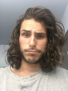 long wavy hair for men / long hair for men / inspiration / free the curls / long curly hair / hair inspiration