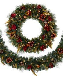 Venetian Elegance Christmas Wreath #treeclassicschristmas
