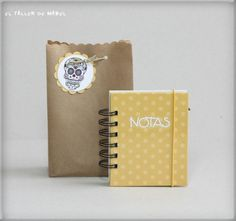 Libreta de notas con bolsa de regalo combinada