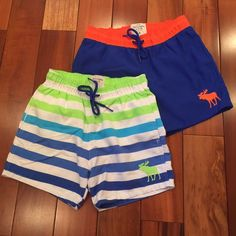 """New Men's Abercrombie & Fitch Swim Shorts Bundle New men's A & F shortie swim shorts bundle. 4 1/2"""" inseam. Both are Brand new, never worn. Both are size S. Abercrombie & Fitch Swim"""