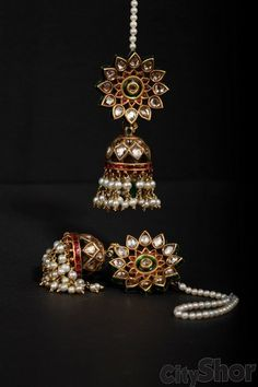 Bespoke Vintage Jewels , CityShor recommends Fashion Exhibitions, Footwear, Accessories and Clothing stores in Ahmedabad Gold Jhumka Earrings, Gold Earrings Designs, Gold Jewellery Design, Jewellery Earrings, Jhumka Designs, Bridal Jewellery, Royal Jewelry, India Jewelry, Jewelry Sets