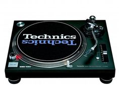 Technics SL-1210 MK2. The ultimate turntable.... Nothing cones close to mixing vinyl