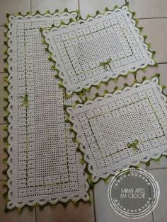 Crochet Blanket - Baby - Arielle's Square Crochet pattern by Deborah O'Leary Diy Crochet Pillow, Crochet Stocking, Crochet Home, Baby Blanket Crochet, Crochet Placemats, Crochet Table Runner, Crochet Doilies, Crochet Butterfly, Crochet Flower Patterns