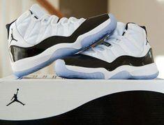 official photos c1dcd 631bd Air Jordan retro 11 Concords (9.5)  Sneakers Jordan 11, Jordan Swag,