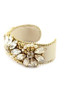 Alexandra Cuff | #ElasBridal #BridalJewlery #Bridal #bracelet