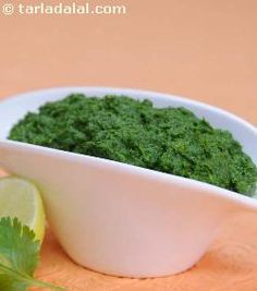 Green chutney, a best accompaniment to almost all indian starters. . . It can also be used for making sandwiches.