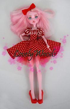Lovely Woods For your lovely Monster Doll (other doll sizes. Monster High Doll Clothes, Custom Monster High Dolls, Monster Dolls, Monster High Repaint, Custom Dolls, Ever After High, Ooak Dolls, Art Dolls, Bjd