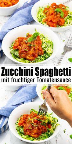 Wenn ihr auf der Suche nach einer schnellen und leckeren Nudelalternative seid, dann seid ihr bei meinem Zucchini Spaghetti Rezept genau richtig! Zucchini Spaghetti haben kaum Kalorien. Zudem lassen sich im Vergleich zu herkömmlichen Nudeln viel schneller zubereiten. Mehr vegane Rezepte findet ihr auf veganheaven.de! #vegan #vegetarisch #gesund