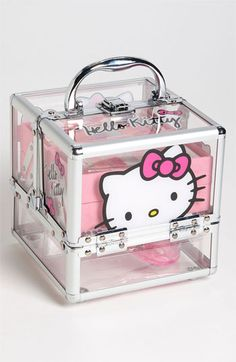 Hello Kitty® Makeup Case (Girls) available at Martina lo tiene y es hermoso! get some yourself some pawtastic adorable cat apparel Hello Kitty Zimmer, Hello Kitty Haus, Hello Kitty Rooms, Hello Kitty Purse, Hello Kitty Stuff, Hello Kitty Makeup, Wonderful Day, Hello Kitty Collection, Makeup Case