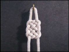 Learn the Basket Weave Paracord Knot from FusionKnots. Paracord Knots, Rope Knots, Jewelry Knots, Jewelry Crafts, Jewellery, Decorative Knots, Deco Kids, Paracord Projects, Weaving Projects