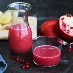 Ingwer-Granatapfel-Shot mit Blutorange What to Eat to Boost Your Immunity System If by consuming a … Healthy Detox, Healthy Smoothies, Bad Gyal, Protein Rich Foods, Colorful Fruit, Fermented Foods, Smoothie Diet, Detox Recipes, Blood Orange
