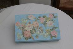scatola con rose