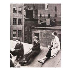 The fabulous photo above is of Agnes Martin on the rooftop of her New York studio with Ellsworth Kelly (left) and Jack Youngerman. But she began her career in Taos, New Mexico. Here she is in her s…
