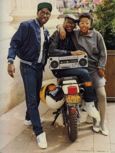 Photographer Jamel Shabazz x I would sooo carry a boombox!