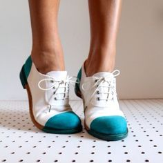Love these dip-dyed shoes!