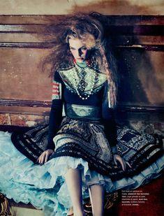 Samantha Gradoville in Givenchy by Sebastian Kim for Numéro #118 November 2010