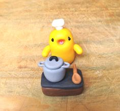 Polymer clay miniature chef by #maocreatures                            https://www.etsy.com/listing/210509285/miniature-cute-little-kitchen-chef