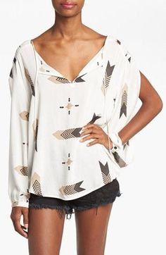 Loving this pattern and split sleeves!