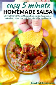 This easy homemade salsa recipe is a Texas restaurant-style red salsa that's bursting with fresh flavor and takes 5 minutes to make! It has that perfect consistency and at only 25 calories per serving it's a healthy way to add flavor to tacos, burritos, or dip tortilla chips into. Appetizers For A Crowd, Healthy Appetizers, Yummy Snacks, Appetizer Recipes, Mexican Food Recipes, Real Food Recipes, Ethnic Recipes, Easy Homemade Salsa, Tacos And Burritos