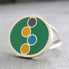 Resin Ring - Green Resin Ring - Geometric Resin Silver Ring - Colorful Bubbles Resin Ring - Resin Sterling Silver Jewelry - US Size 7 A fun, colorful, wear-it-with-everything ring! This predominately bright leaf green resin ring features cool bubble shapes tumbling across it in bright