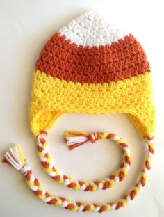 Crochet Candy Corn Hat Halloween Photo Prop by PinkLemonKnits Crochet Kids Hats, Crochet Fall, Holiday Crochet, Crochet Beanie, Crochet Crafts, Crochet Projects, Crocheted Hats, Crochet Ideas, Booties Crochet
