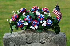 christmas saddle for headstone | Floral Saddles and Cemetery Flowers for Gravestones and Headstones
