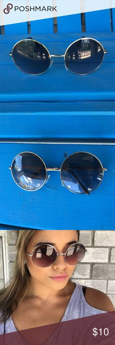 Big Round Framed Sunglasses Boho style• Round framed sunglasses• Black•silver• great condition•Like New Accessories Sunglasses